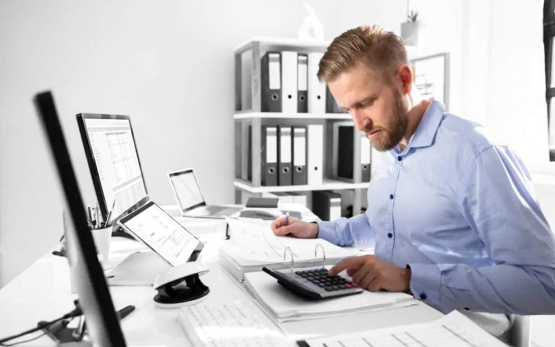 Small Business Accounting: Cash Basis vs. Accrual Basis – Which is Better?